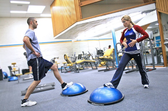 friends working out with BOSU Ball